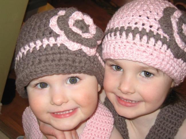 Girls_Hatheads